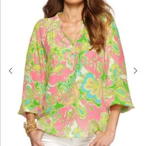 Lilly Pulitzer silk Elsa top in chin chin pattern.